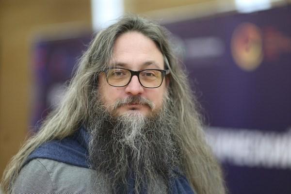 Данияр Юсупов (бюро средового дизайна «Дизайн юнит 4»)