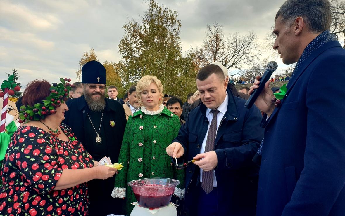 Самая известная в регионе Покровская ярмарка, которая традиционно проходит в октябре (Фото: пресс-служба администрации Тамбовской области)