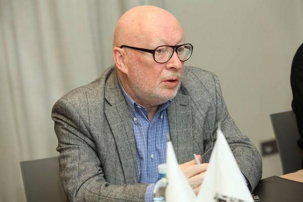 Владимир Линов