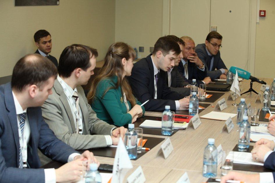 Сессия «Цифровой Петербург. Технологические перспективы» в рамках РБК Digital Форум