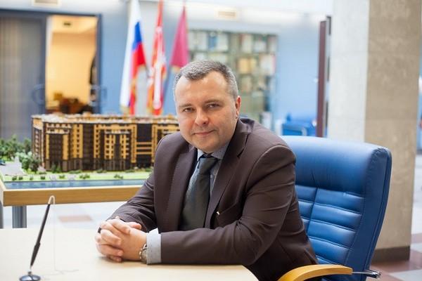 Андрей Паньков, «Строительный трест»