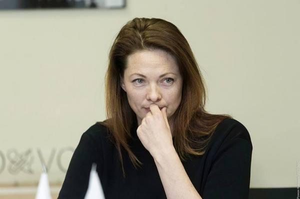 Вера Жукова (Школы нового цирка)