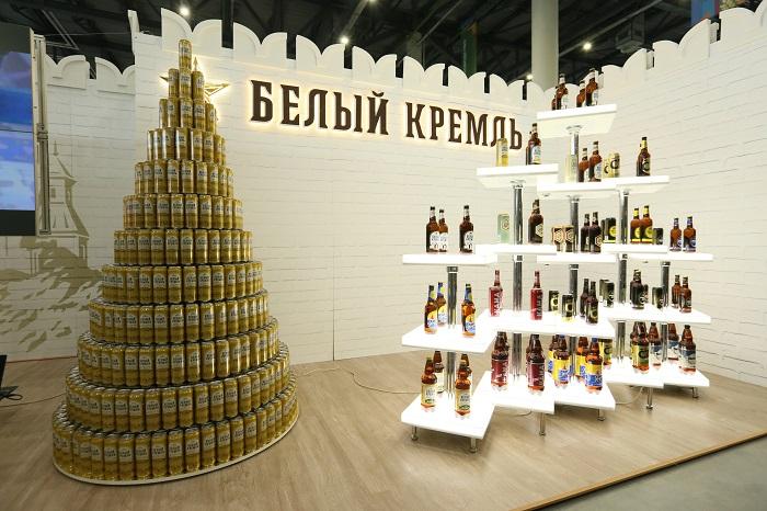 Инсталляция из пустой тары продукции АО «Татспиртпром»