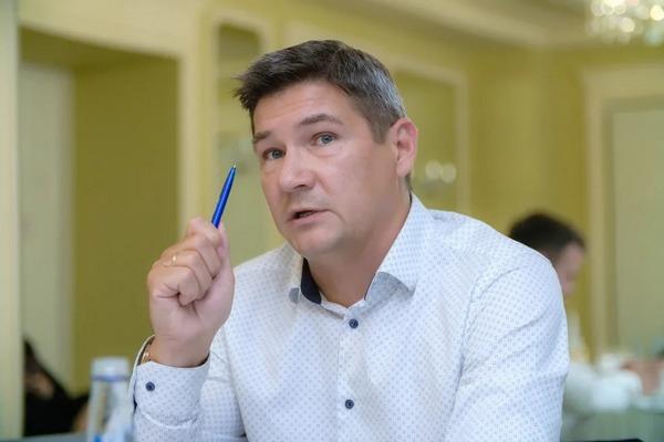 Александр Сергеев (театр «Легенда»)