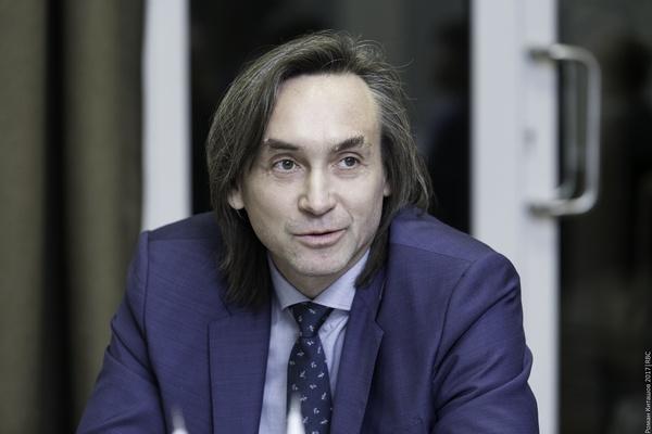 Олег Платонов (Первая мебельная фабрика)