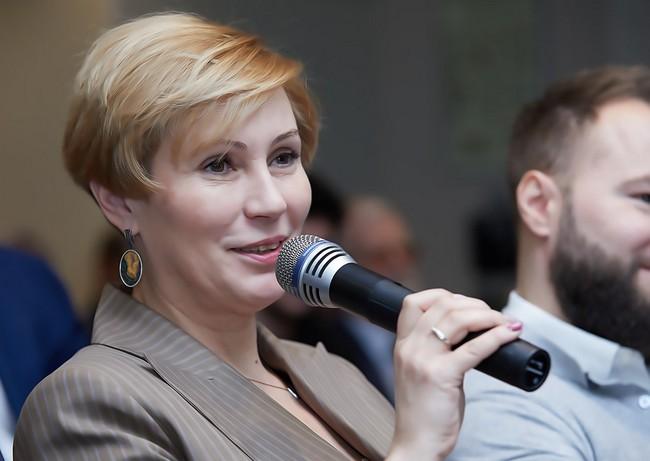Елена Полякова («МегаФон»)
