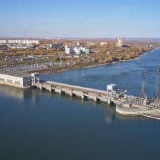 Новосибирская ГЭС введена в промышленную постоянную эксплуатацию  12 августа 1961 года. Суммарная выработка ГЭС – уже более 119 млрд кВт∙ч. Завсе время эксплуатации станция трижды окупила затраты настроительство