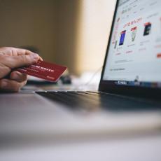 Всего за прошлый год в России  в интернет-магазинах было сделано 425 млн заказов Это на 41% больше, чем год назад