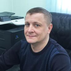 Александр Петроградов