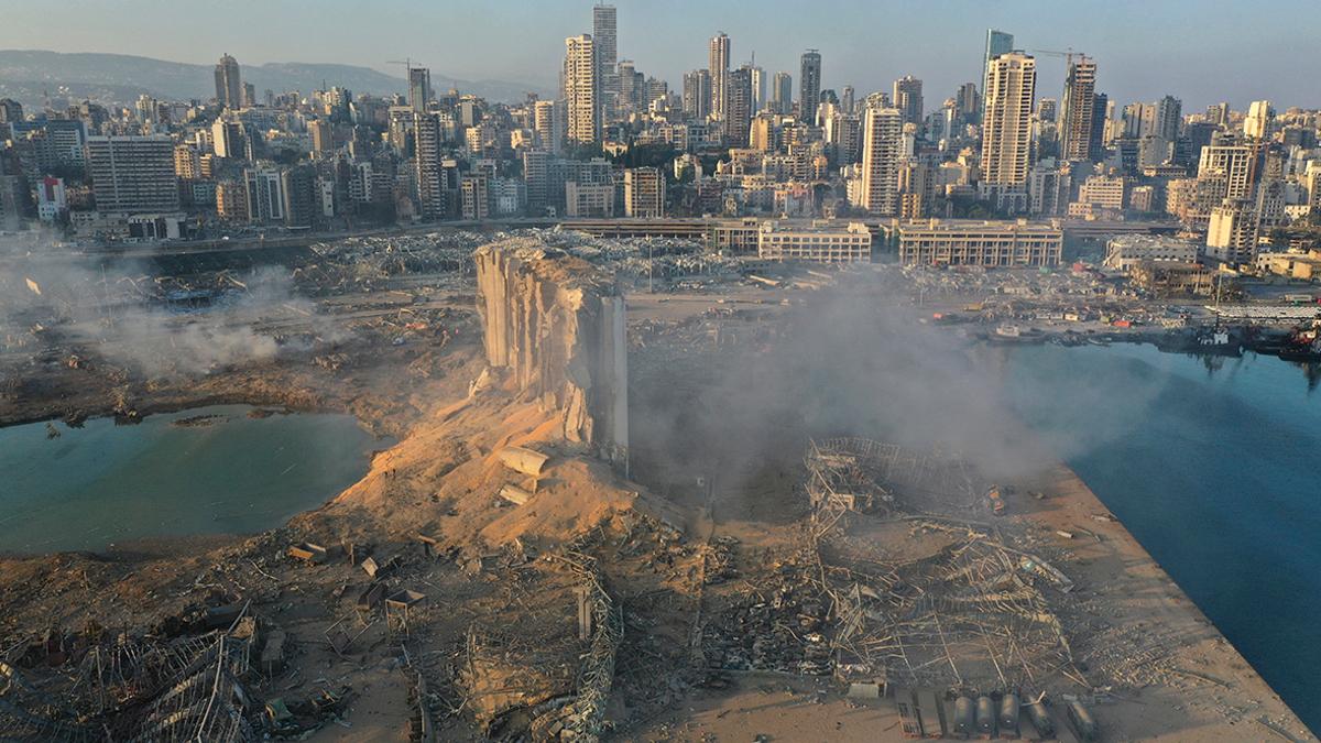 Власти Ливана назвали взрыв в Бейруте катастрофой «в полном смысле ...
