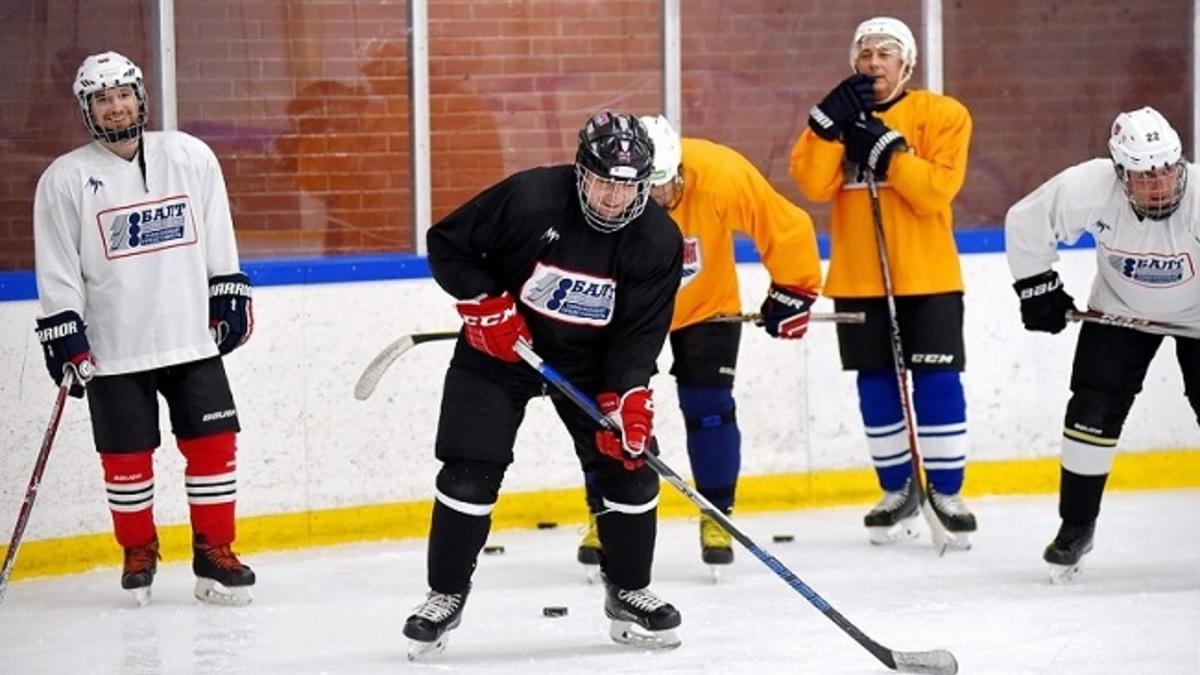 Любительские хоккейные клубы москва фитнес клуб занятия для мужчин