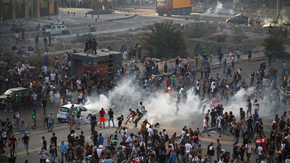Антиправительственные протесты в Бейруте. Фоторепортаж :: Общество ...