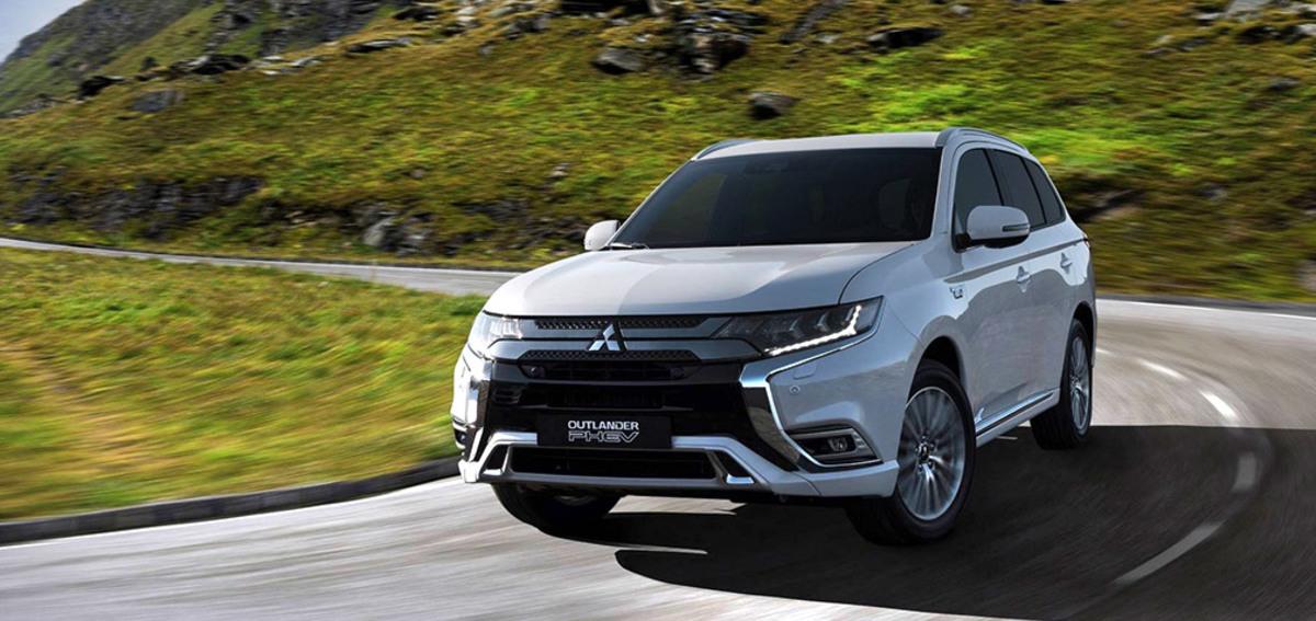 Гибридный Mitsubishi Outlander обновился и получил новый двигатель ::  Autonews