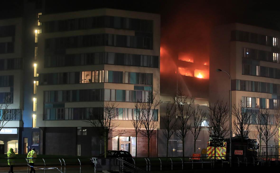 Пожар на парковке в Ливерпуле