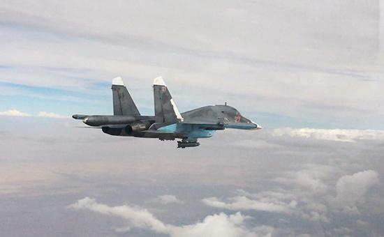 Российский многофункциональный истребитель-бомбардировщик Су-34