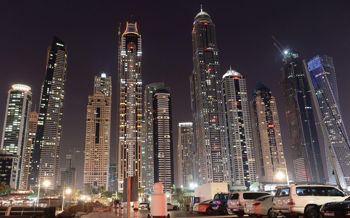 11. The Princess Tower   Дубай, Объединенные Арабские Эмираты Стоимость строительства: $2,17 млрд     До 2015 года 107-этажная башня «Принцесса» на морском побережье Дубая была самым высоким жилым зданием на планете. В тех, что выше, располагались офисы и магазины, в то время как большую часть надземных этажей The Princess Tower занимают 763 квартиры. На возведение рекордной многоэтажки потребовалось более $2 млрд.