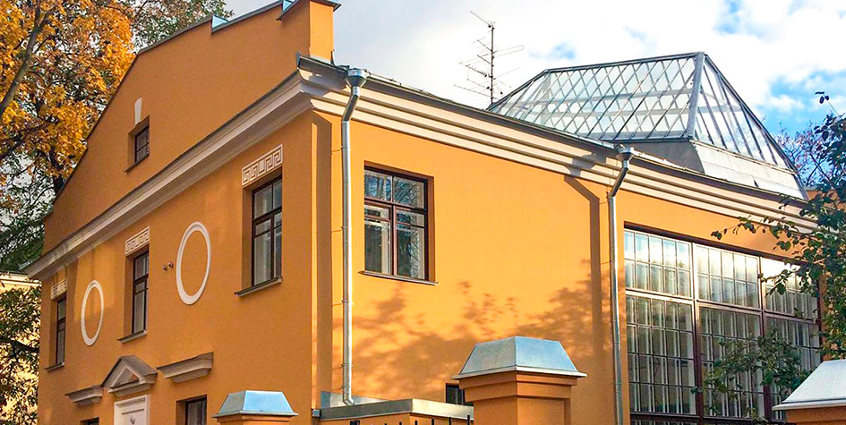 Фасад дома Веры Мухной