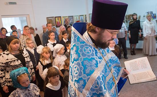 День знаний вобщеобразовательной школе приправославном храме Священномученика Сильвестра Омского
