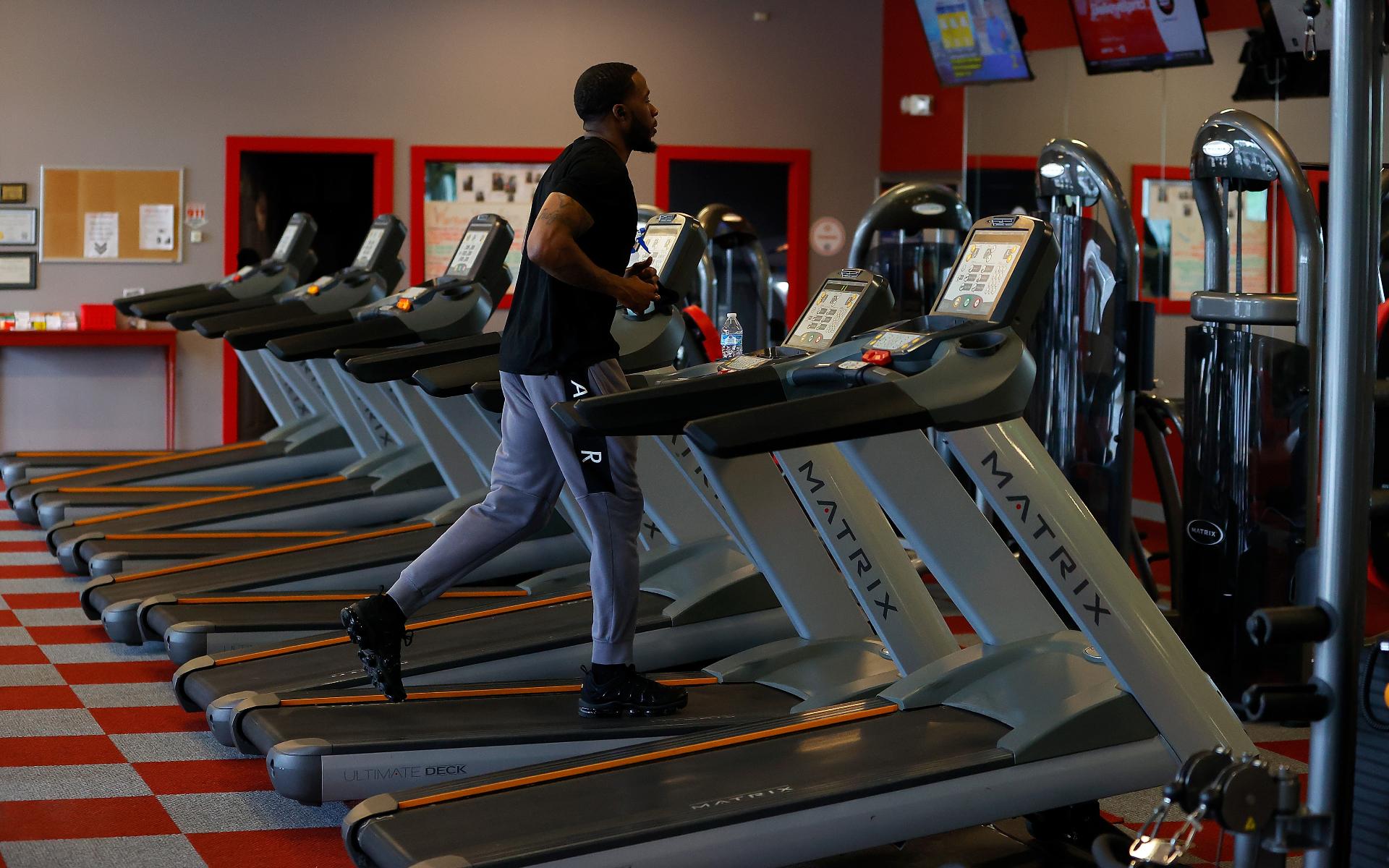 Фото: Тренировка на беговой дорожке  (Photo by Kevin C. Cox/Getty Images)