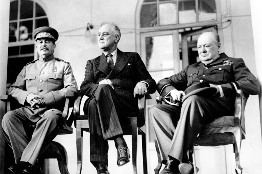 Иосиф Сталин, Франклин Д. Рузвельти Уинстон Черчилль. Тегеран, 1943 год.