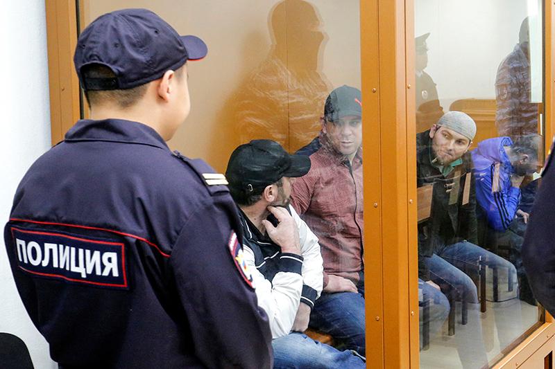 Фигуранты дела Бориса Немцова  (слева направо)  Хамзат Бахаев, Темирлан Эскерханов иШадид Губашев
