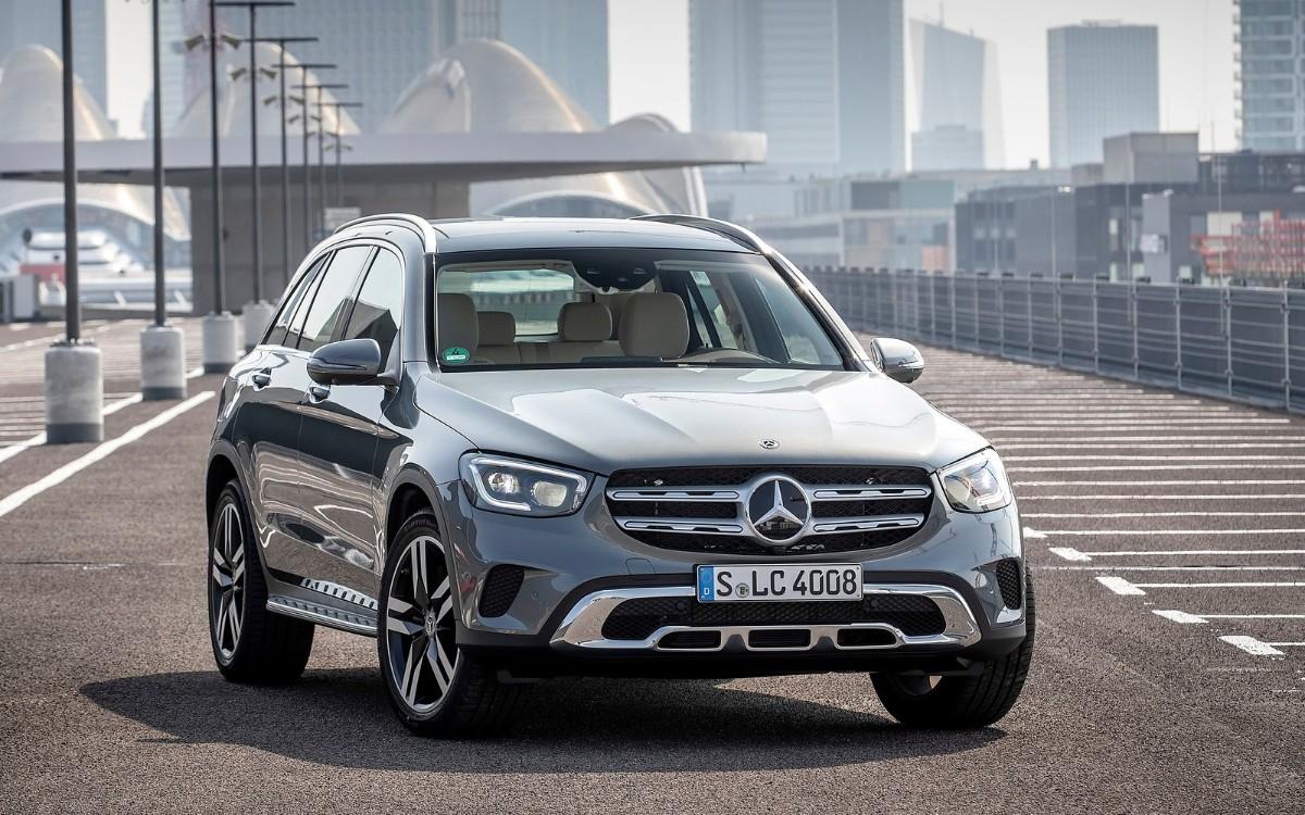 Mercedes отправит на сервис новые кроссоверы GLC в России :: Autonews