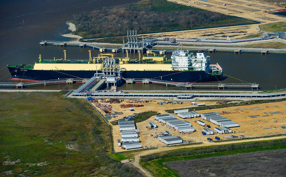 ТанкеруСПГ-терминала Sabine Pass в Луизиане. 24 февраля 2016 года