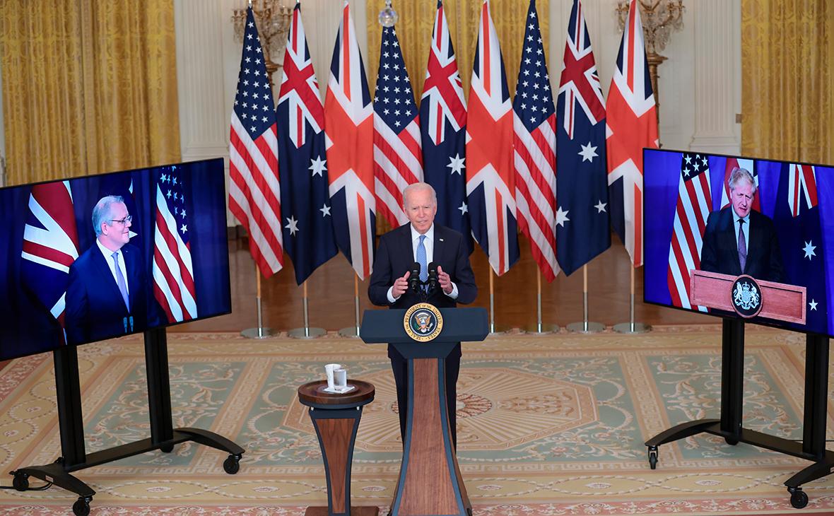 Премьер-министр Австралии Скотт Моррисон, президент США Джо Байден и премьер-министр Великобритании Борис Джонсон