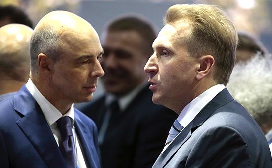 Министр финансов РФ Антон Силуанов и первый вице-премьер РФ Игорь Шувалов (слева направо)
