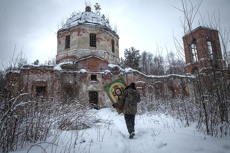 Разрушенный храм в урочище Курилово в Шатурском районе Подмосковья