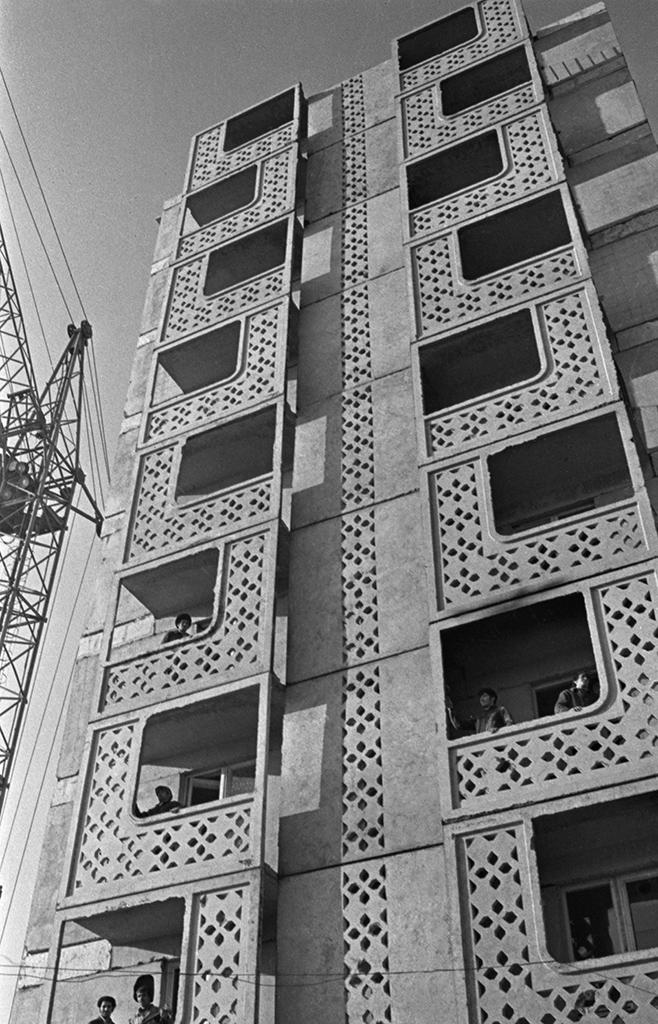 Строительство жилого дома вБаку, Азербайджанская ССР