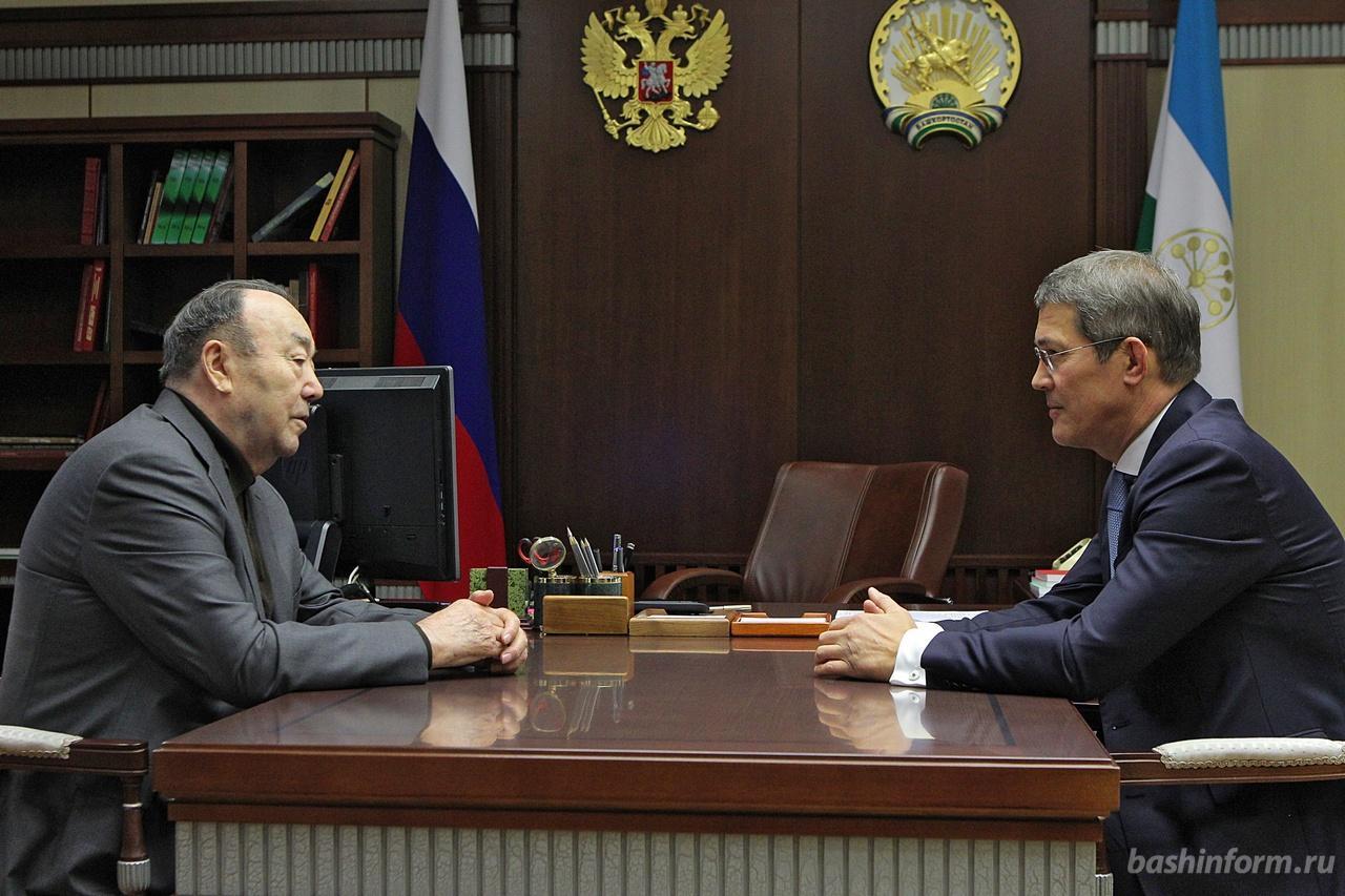 Радий Хабиров в первый же день встретился с Муртазой Рахимовым