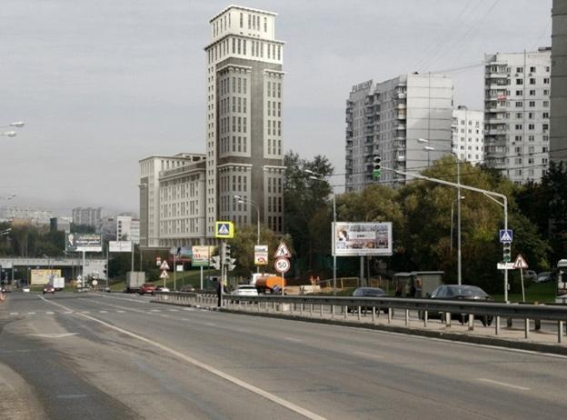 Первый вариант проекта застройки участка на Мичуринском проспекте