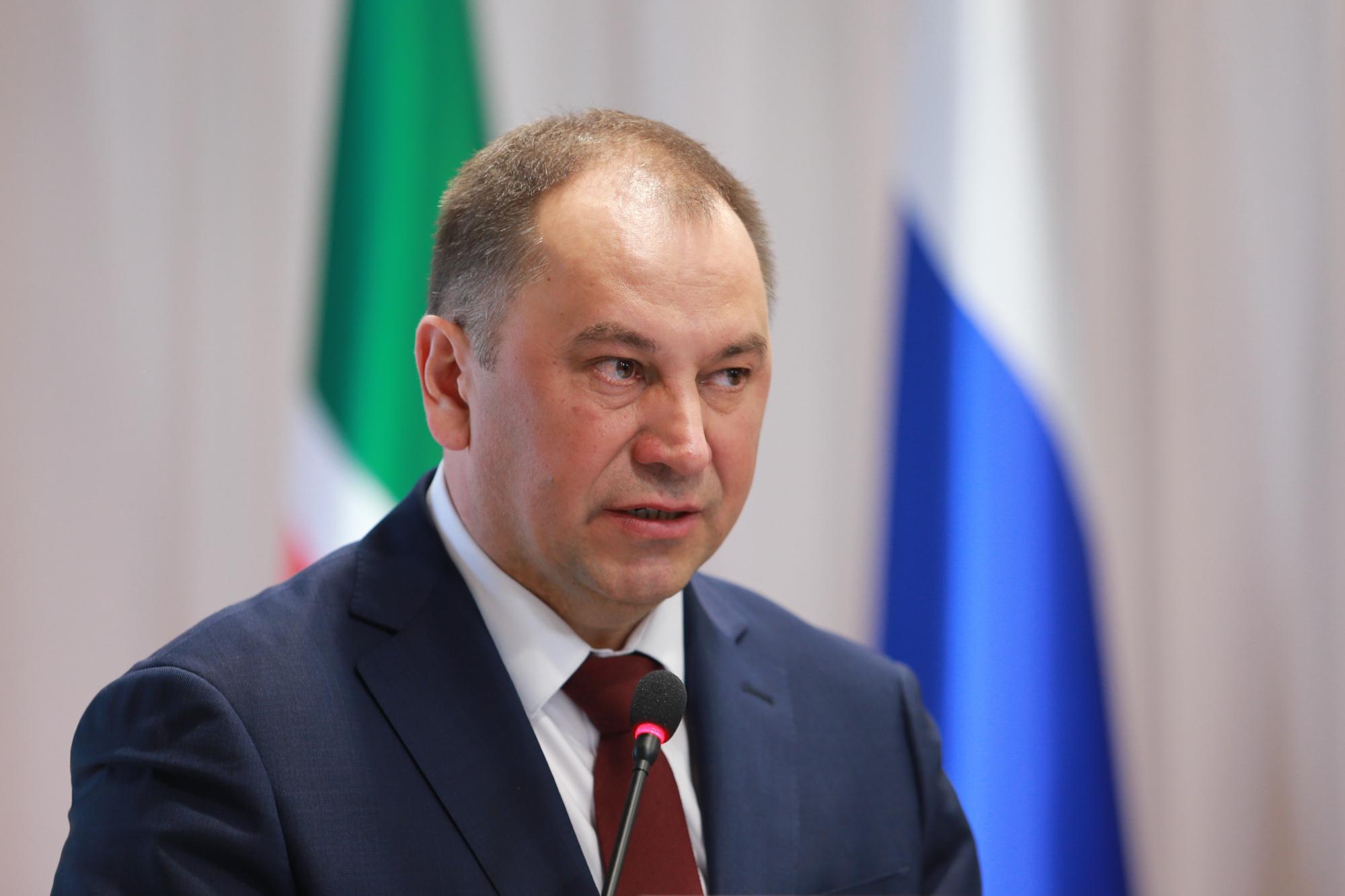 директор центра занятости населения Казани Марат Хайруллин