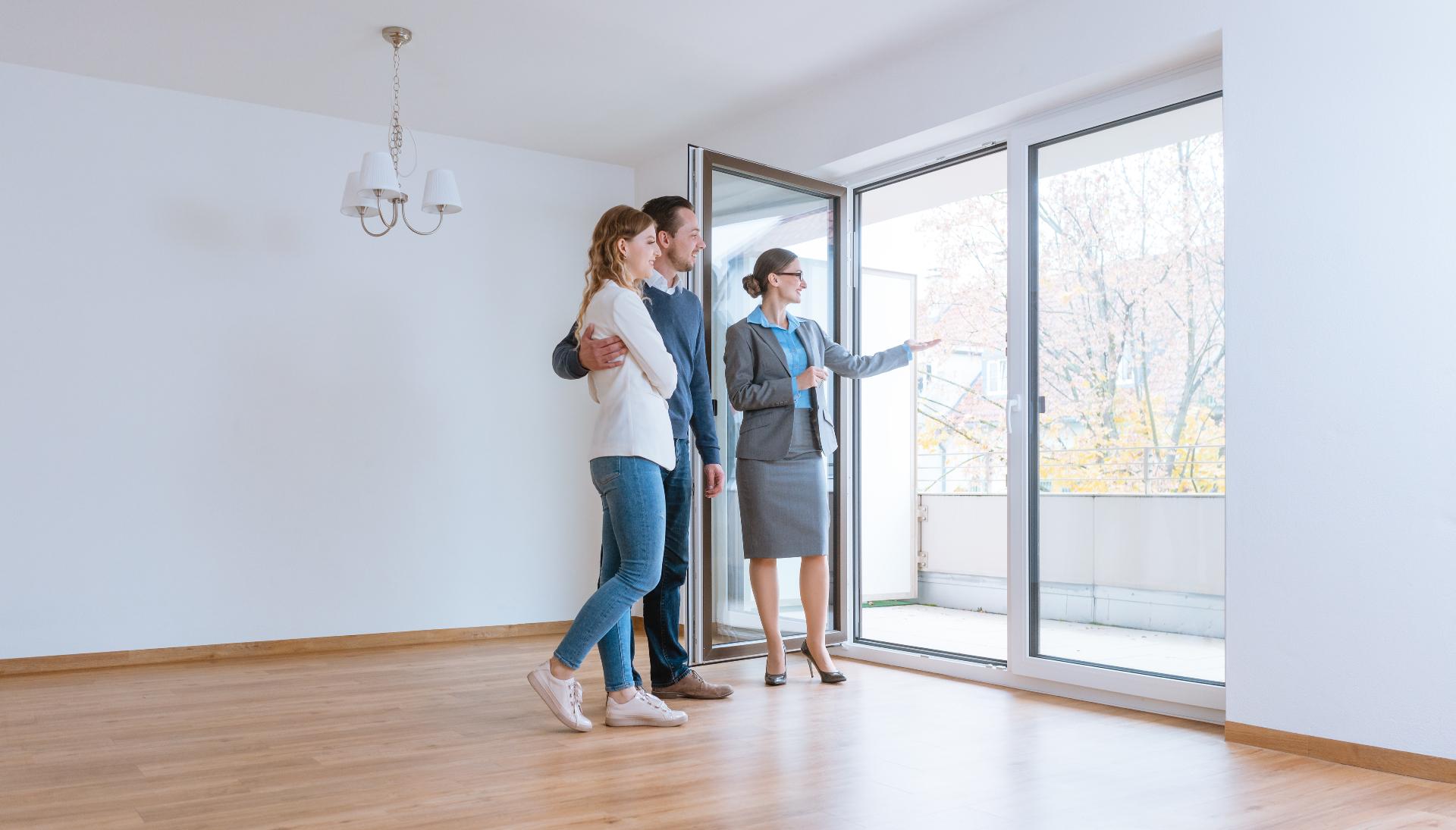 Многие неопытные арендодатели зачастую допускают ошибки, которые могут привести к потере не только времени и нервов, но и денег, а порой и к порче имущества