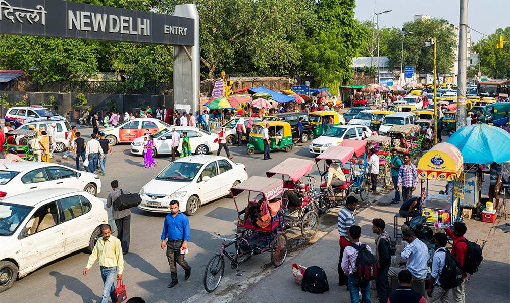 <p>Транспортная экосистема Индии по сути существует сама по себе, поэтому здесь высокая смертность на дорогах&nbsp;&mdash; около 150 тысяч человек в год.</p>