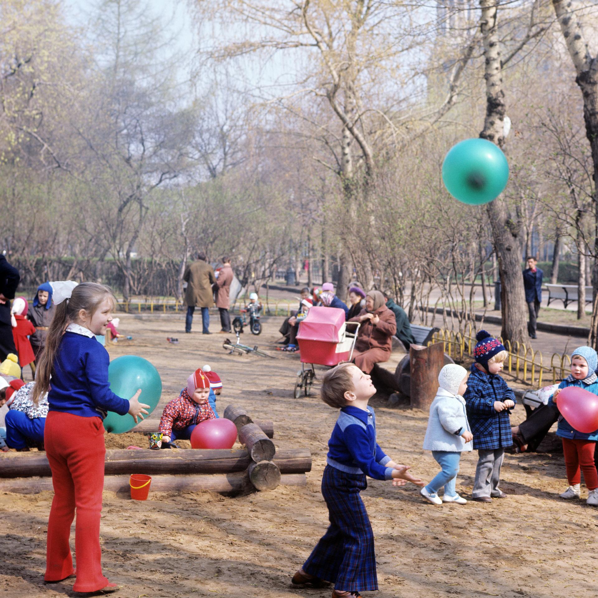 Детская площадка на Цветном бульваре