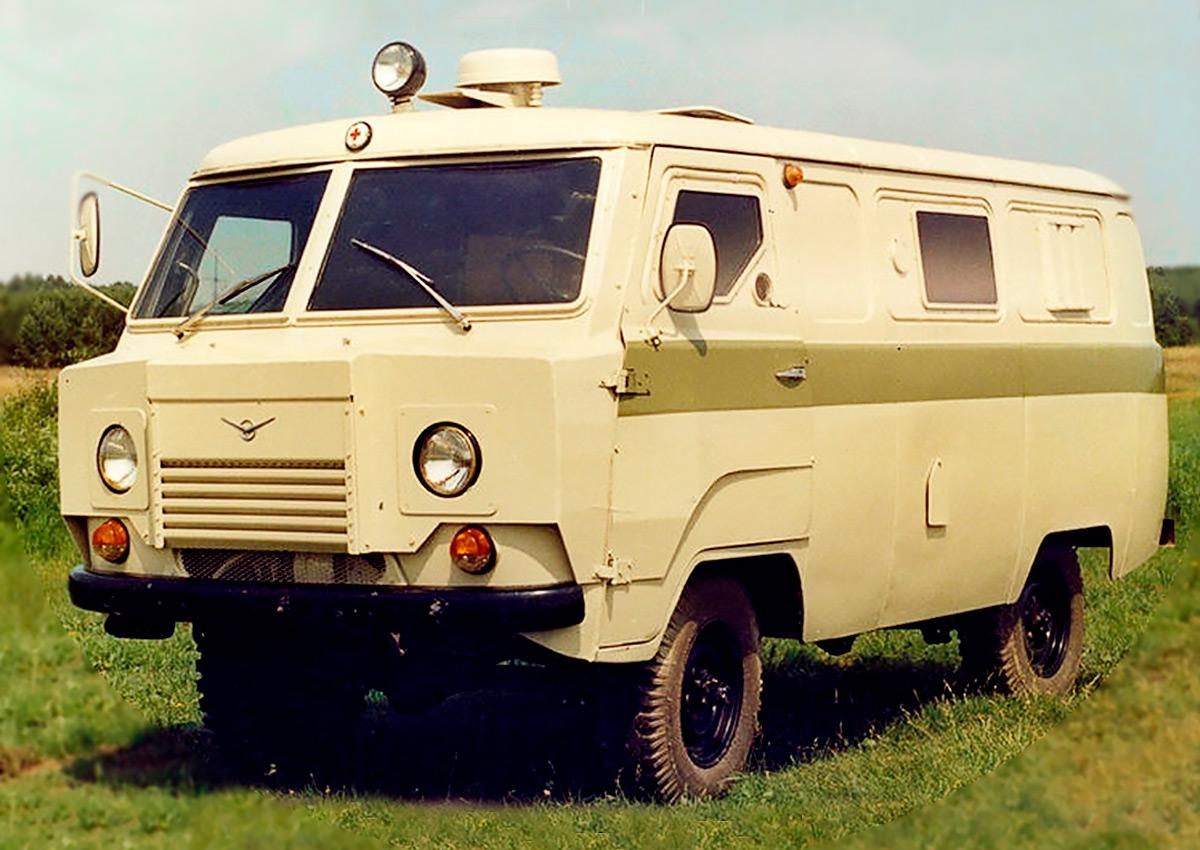 <p>Броневик на шасси УАЗ-3303-01 под обозначением &laquo;Коналю-330&raquo;.</p>