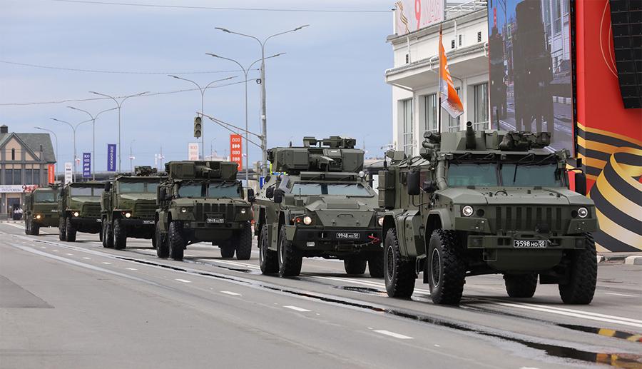 Новейшие образцы вооружения, разработанные «Буревестником», на параде Победы в Нижнем Новгороде, май 2021 года