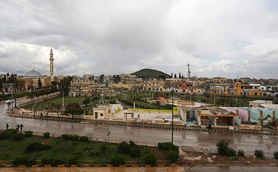 Вид на городАзаз на севере Сирии, 2014 год