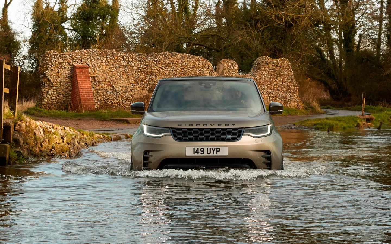 <p>У Land Rover Discovery допы внесены в ОТТС, и это огромный список.</p>