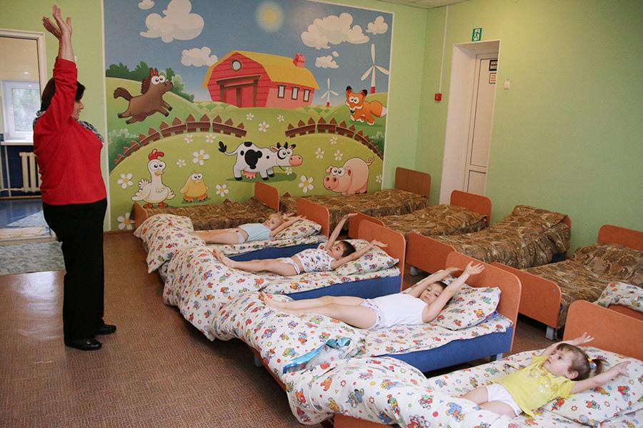 Воспитанники детского дома в селе Строгоновка Симферопольского района.30 ноября2015 года