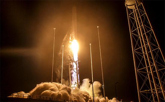 Запуск ракета-носителя Atlas V