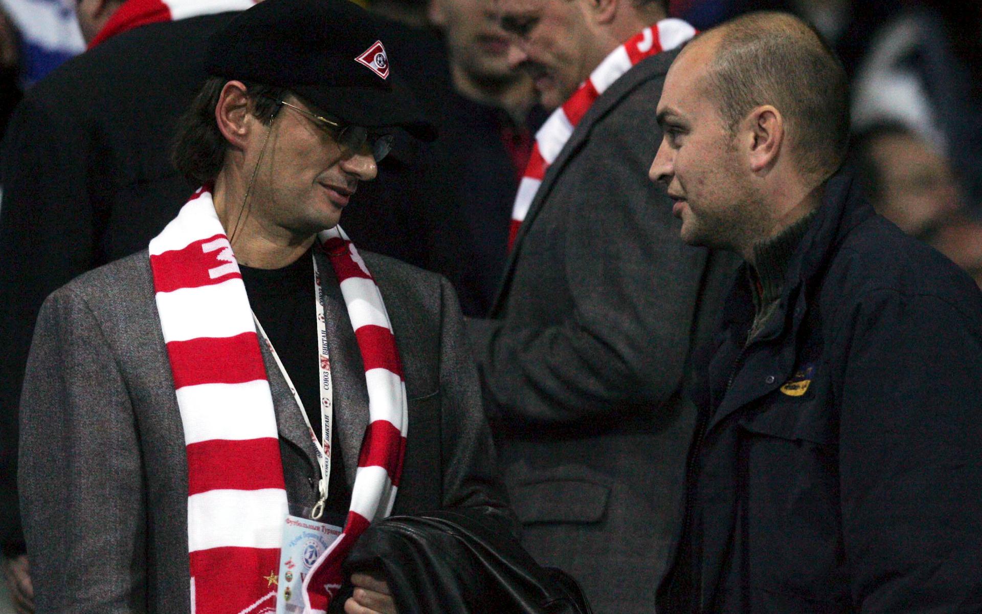 Фото: Леонид Федун (слева)  (Photo by Tal Cohen/Getty Images)