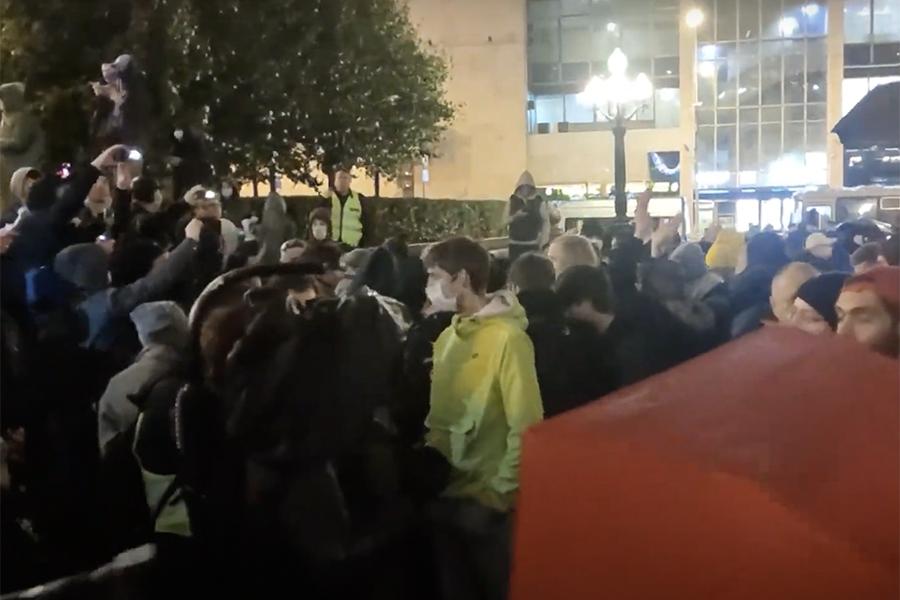 Несогласованная акция протеста против итогов выборов в Москве