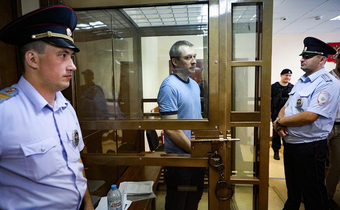Дмитрий Захарченко во время оглашения приговора в Пресненском районном суде