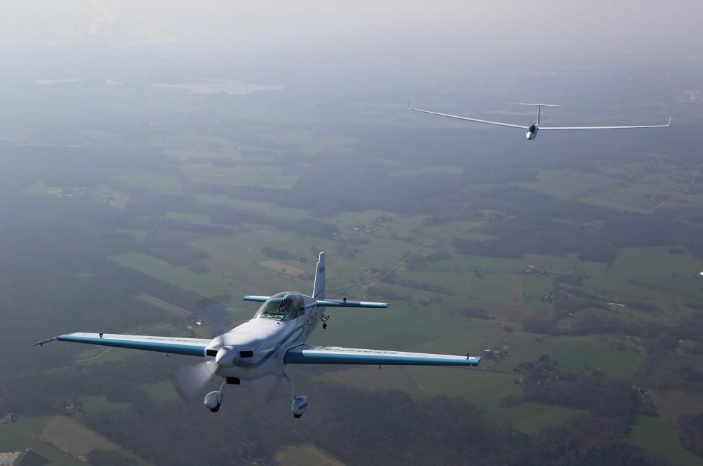 Siemens планируют использовать разработки Extra 330LE для производства (в партнерстве с компанией Airbus) региональных авиалайнеров, работающих на гибридных двигательных установках