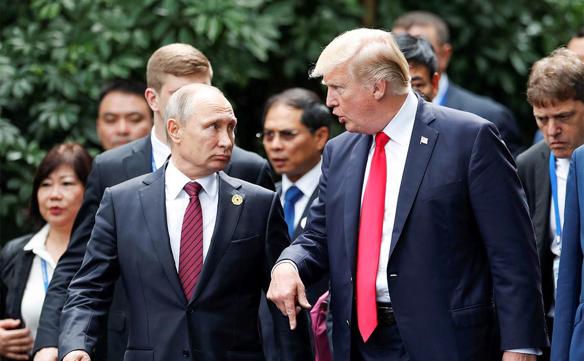 Владимир Путин и Дональд Трамп (слева направо)