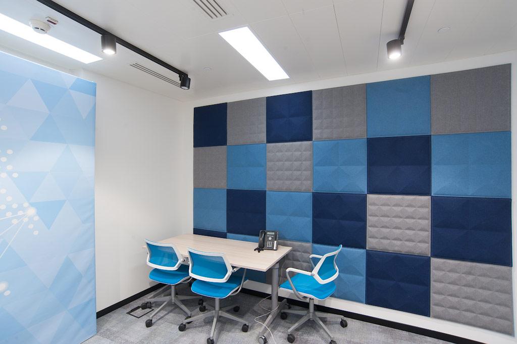 При строительстве офиса были использованы современные ивысокотехнологичные решения иматериалы, втом числе сповышенными требованиями какустике