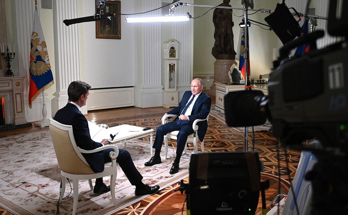 Кир Симмонс и Владимир Путин